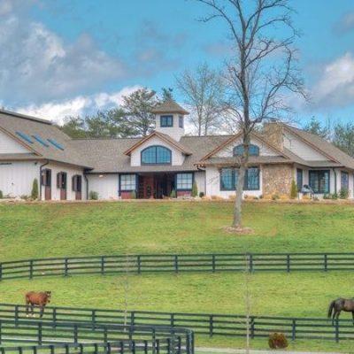 2017-crf-equestrian_barn